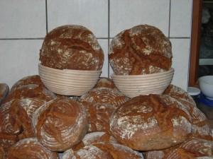 selbstgebackene Brote
